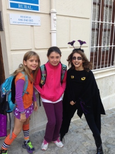 Ana came by to pick up the girls on the way to school. Savannah, Ana and Sky